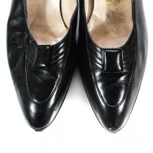 Salvatore Ferragamo Shoes - SALVATORE FERRAGAMO PUMPS BLACK LEATHER SIZE 8.5